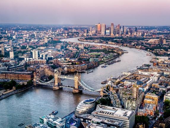 london city scene at sunset